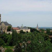 Панорама на город Кутна Гора. На первом плане храм Св. Якова :: Елена Павлова (Смолова)