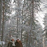 Зима, выгуливаем шубы :: Владимир Леонтьев