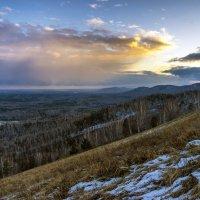 На горе Вишневой... :: Pavel Kravchenko