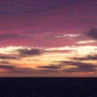 Разноцветные облака :: Анатолий Кузьмин