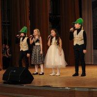 Концерт для ветеранов, посвященный Дню сотрудника органов внутренних дел РФ :: Центр Юность