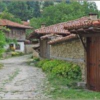 Болгарская деревня :: Александр
