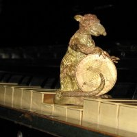 Гламурную музыку сочиняют для гламурных мышек... :: Алекс Аро Аро