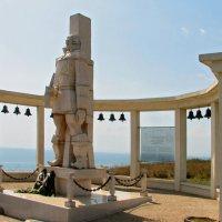 Памятник адмиралу Ушакову на мысе Калиакра :: максим лыков