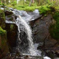 Небольшой  водопад :: Андрей