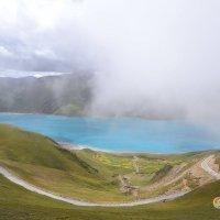 Озеро Ямдрок-Цо в Тибете :: Tengri K.