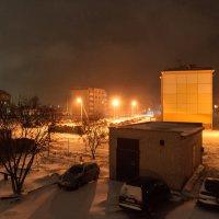 Зима подкралась ночью незаметно И всё в округе снегом замела :: Анатолий Клепешнёв