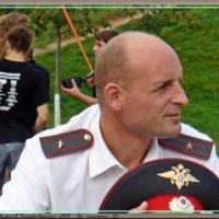 ПРИ ИСПОЛНЕНИИ... :: Валерий Викторович РОГАНОВ-АРЫССКИЙ