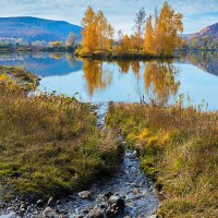 Ручей и озеро :: Любовь Потеряхина