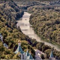 Святые дали... Святогорская Лавра (вид от памятника Артему) :: isanit Sergey Breus