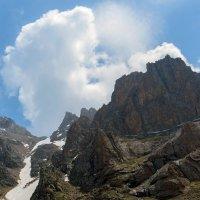 Скалы скалы :: Горный турист Иван Иванов