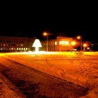 Новый сквер и вот такой фонарь :: Наталья Пендюк Пендюк