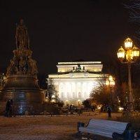 Александрийская площадь  или пл. Островского( ранее) :: Валентина Папилова