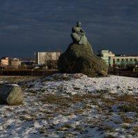 Памятник Лермонтову во Владикавказе :: Вадим Бурмистров