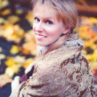Женский портрет на пленере :: Мария Святская