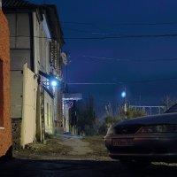 Ночная улочка :: Юрий Гайворонский