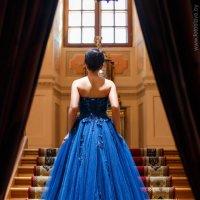 Таня в синем платье :: Вячеслав Шах-Гусейнов