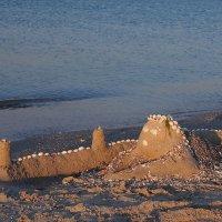 The Box - пляж эмоций. Там утром замки у моря выростали... :: Александр Резуненко
