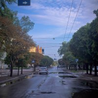 одна из улочек Харькова :: Алексей Гончаров