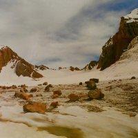 Камушки на леднике. :: Виктор Осипчук