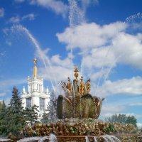 Фонтан  Каменный цветок на ВВЦ. :: Ольга