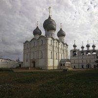 Собор Успения Пресвятой Богородицы с колокольней :: serg Fedorov