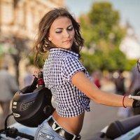 Мотоциклистка :: Анастасия Третьяк