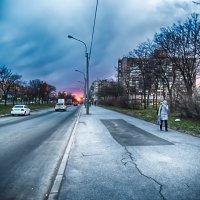 Питер интересный закат на Дунайском проспекте :: Юрий Плеханов