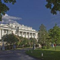 Елагиноостровский дворец. :: Senior Веселков Петр