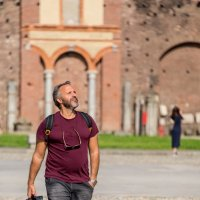 Турист в Castello Sforzesco, Милан :: Владимир Брагилевский