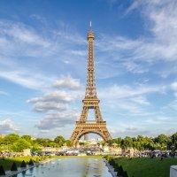 Эйфелева башня.Париж :: Наталия Л.