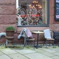 У кафе в Осло :: Natalia Harries