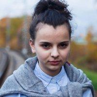 Взгляд из-под густых ресниц :: Валерия Потапенкова