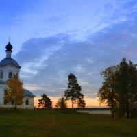 Крестовождвиженский храм :: Клавдия Андреева
