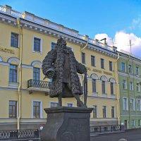 Памятник Трезини. :: Senior Веселков Петр