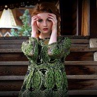образ девушки, прикрытый взгляд :: Олег Лукьянов