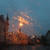 В свете вечерних огоньков.... :: Tatiana Markova