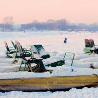 Вечереет... зимний пляж :: Сергей Яценко