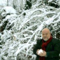 Поиграем в снежки. :: Михаил Столяров