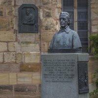 Памятник богослову :: Сергей Цветков