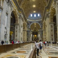 Ватикан. Внутри собора Святого Петра :: leo yagonen