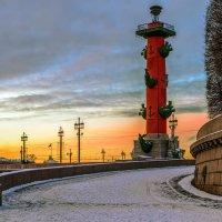 Ростральная колонна :: Valerii Ivanov
