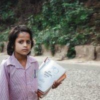 Непал...идущая в школу! :: Александр Вивчарик