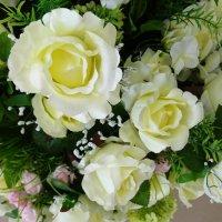 Белые розы :: татьяна