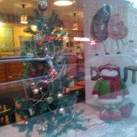 Новогодний интерьер витрины. (Санкт-Петербург). :: Светлана Калмыкова
