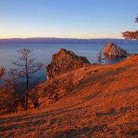Вечер на берегу острова Ольхон :: Анатолий Иргл