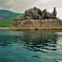 Остров-Скала.. :: Sergey Gordoff