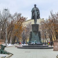 Москва.  Памятник В. Г. Шухову. :: В и т а л и й .... Л а б з о'в