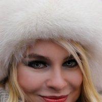 В шапке. :: Александр Бабаев