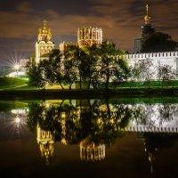 Новодевичий монастырь :: Андрей Бондаренко